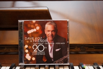 Dave Koz & Friends 20th Anniversary Christmas一张很棒的圣诞曲